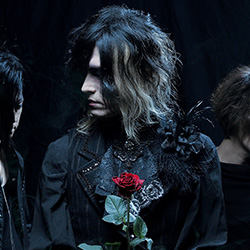 http://v-kei.jp/image/system/pc/news/2019_12/20191213_hollowgram_thum.jpg | ヴィジュアル系ポータルサイト「ViSULOG」